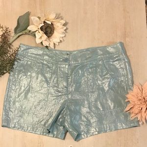 Super cute iridescent blue Tommy Bahama shorts